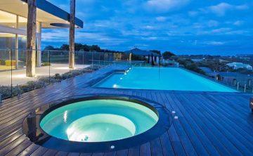 kolam renang akrilik