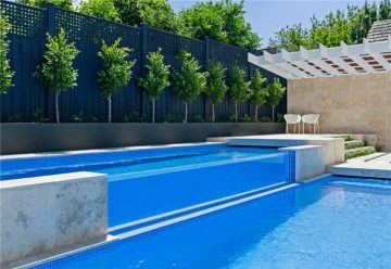 kolam renang air panas kolam renang